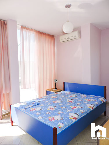 Apartament 2+1+2 për shitje te Mali i Robit Durrës dhome gjumi 3
