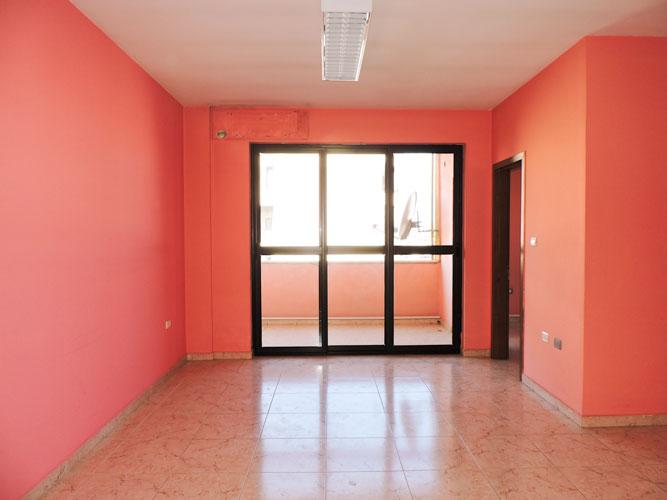 Zyrë me qira në Bllok, 500 euro në muaj