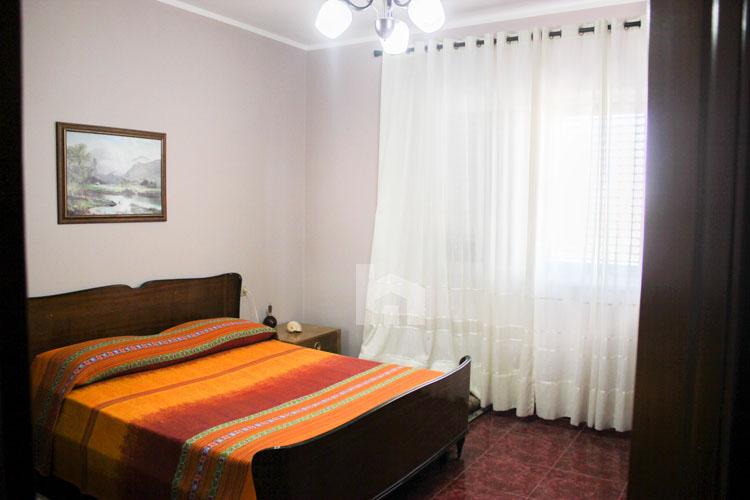 Shitet apartament në Durrës, super cmim, dhome matrimoniale