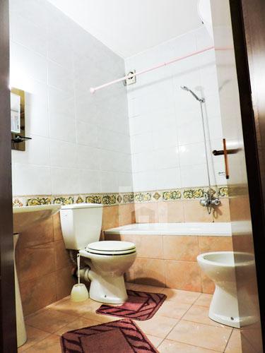 Shtepi me qera Bllok Tirane, 2+1+2, tualet 2