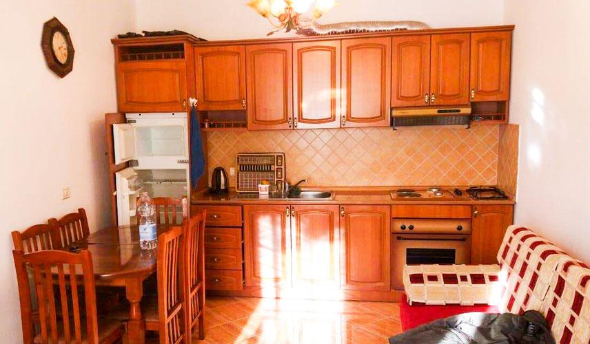 Shitet apartament 1+1 te pista Kosova Durres