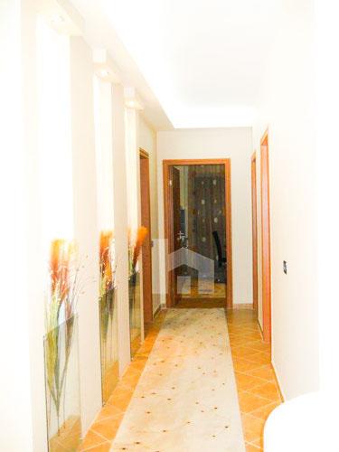 Shtepi ne shitje ne Yzberisht 2+1+2, korridor