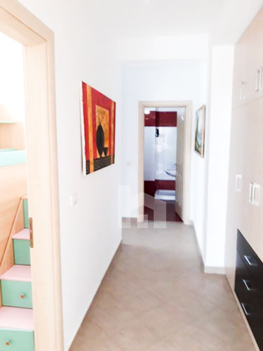 Jepet me qira apartament 2+1 te rezidenca Kodra e Diellit 1, korridor