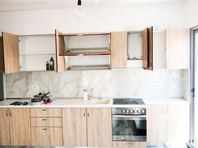 Shitet apartament 1+1 te rruga Sulejman Delvina, ambient gatimi