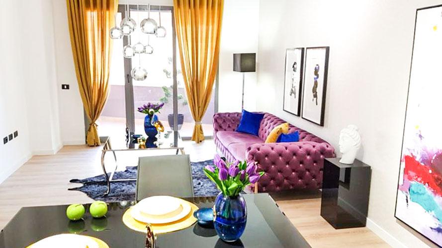 Shitet apartament 2+1 luksoz te rruga e Kosovareve, sallon pritje