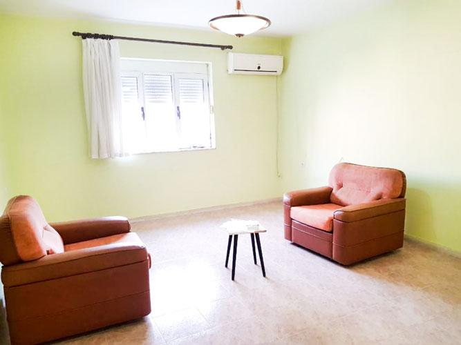 Shitet apartament 1+1 te Selvia