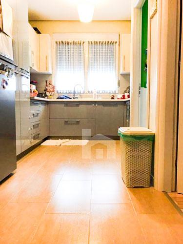 Shitet apartament te rruga Rrapo Hekali , Tirane, ambient gatimi