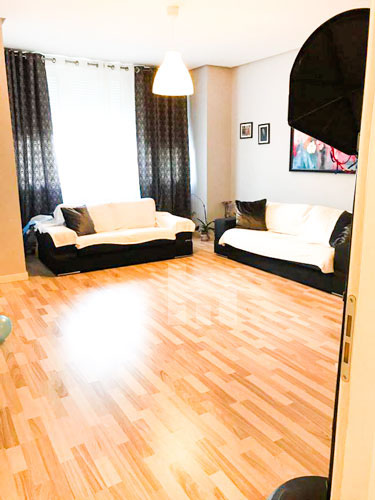 Shitet apartament te rruga Rrapo Hekali , Tirane, sallon pritje
