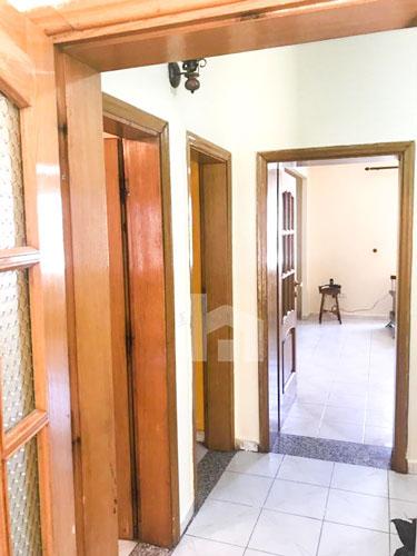 Shitet shtepi prane Petro Nini Luarasi , cmim okazion, korridor