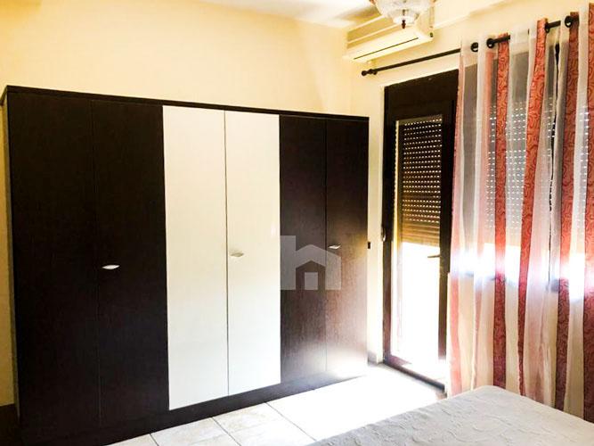 Jepet me qira apartament 3+1+2 pranë Prokurorisë të Tiranës, dhome