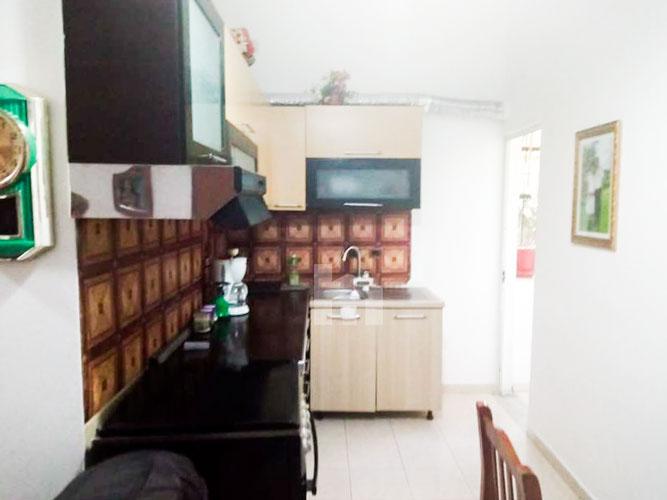 Shitet apartament 1+1 pranë KESH Tirane, aneks