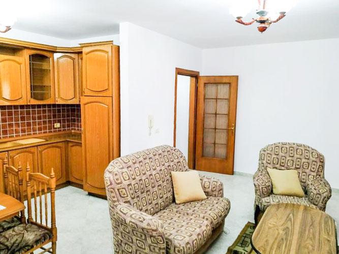 Shtepi ne shitje te Xhamlliku Tirane , 2+1 68000 euro!