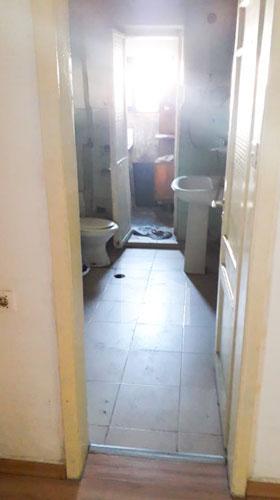 Shitet apartament 1+1 te Ministria Shendetesise, tualet