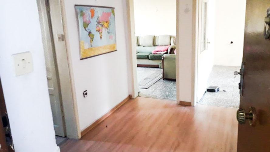 Shitet apartament 1+1 te Ministria Shendetesise