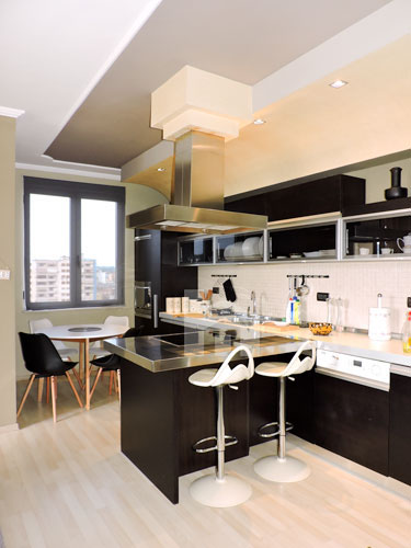 Te Drejtoria Policise jepet apartament luksoz me qira, ambient gatimi