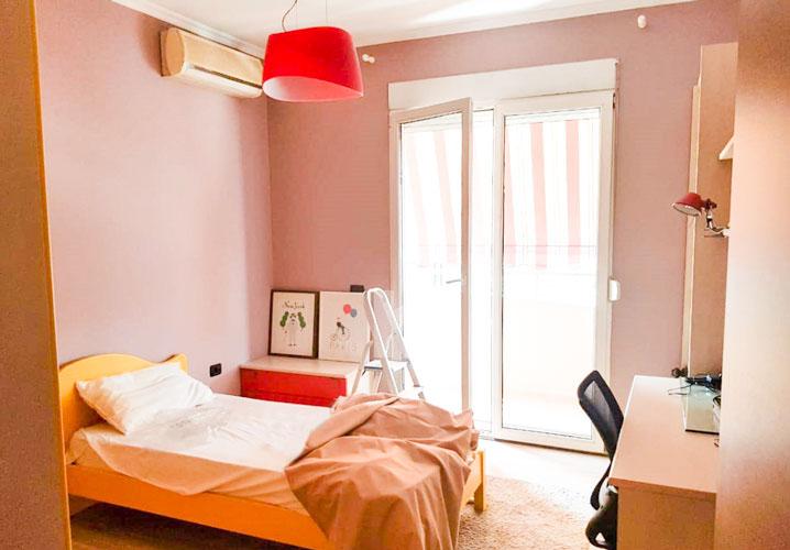Jepet me qira apartament 2+1+2 te rruga Elbasanit, dhome 2
