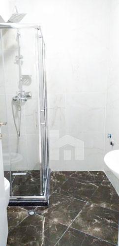 Shitet apartament 2+1+2 te Selvia Tirane, tualet 2