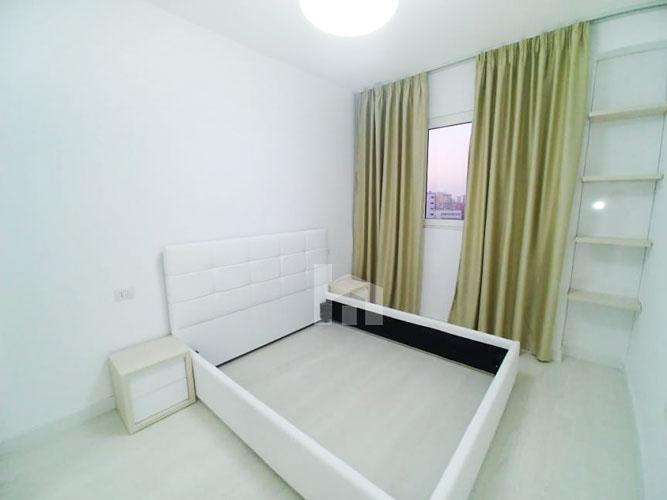 Shitet apartament 2+1+2 te Shkolla Baletit Tirane, dhome gjumi