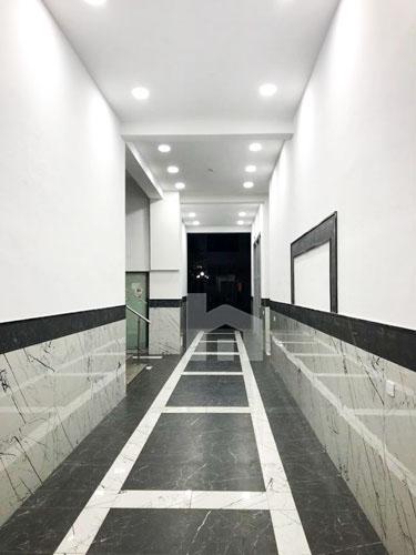 Shitet apartament ne Astir 2+1 me cmim okazion, holli pallatit