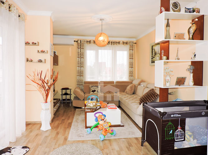 Shitet apartament te Vilat Gjermane ne Tirane, dhome 2