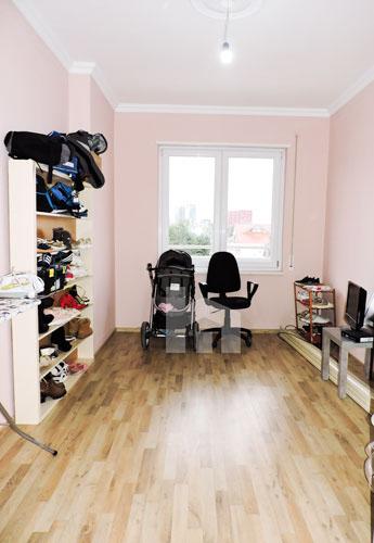 Shitet apartament te Vilat Gjermane ne Tirane, garderobe