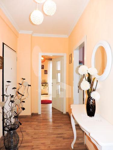 Shitet apartament te Vilat Gjermane ne Tirane, korridor 2