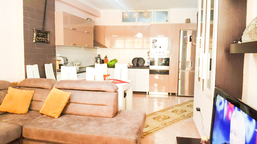 For sale in Astir area apartment for sale