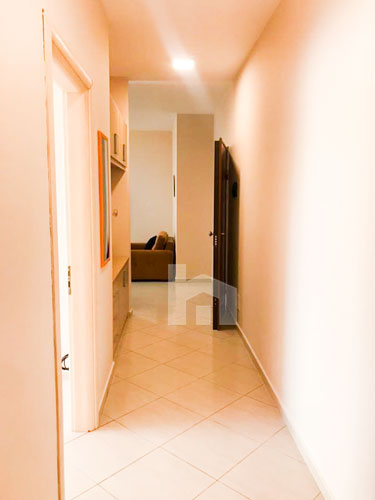 Jepet me qira apartament 2+1 te Hotel Hilton, korridor