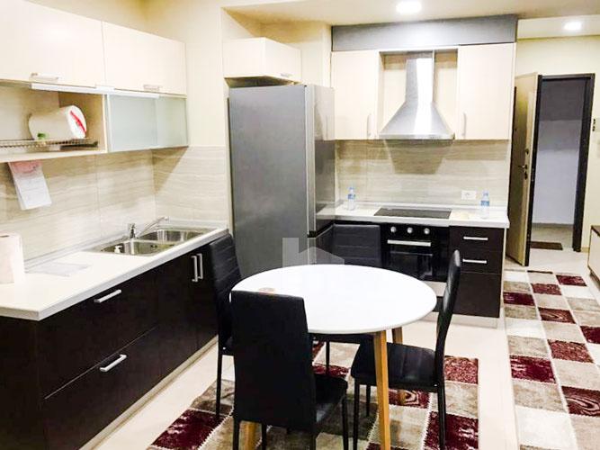 Jepet te Kompleksi Delijorgji shtepi me qera, ambient gatimi