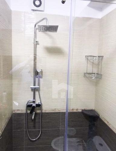 Jepet te Kompleksi Delijorgji shtepi me qera, tualet