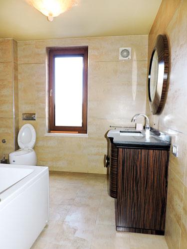 Shitet vile luksoze te Medreseja me cilesi maksimale, tualet 2